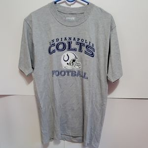 Inndianapolis Colts Football tshirt size Small